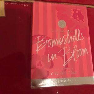 Bombshells in  Bloom VICTORIA SECRET