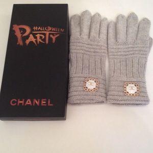 Chanel VIP Gloves