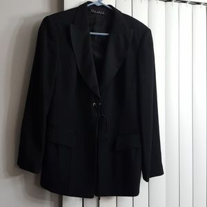 Tahari black jacket size 12