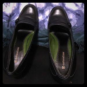 Beautiful black leather Naturalizer wedge heels.