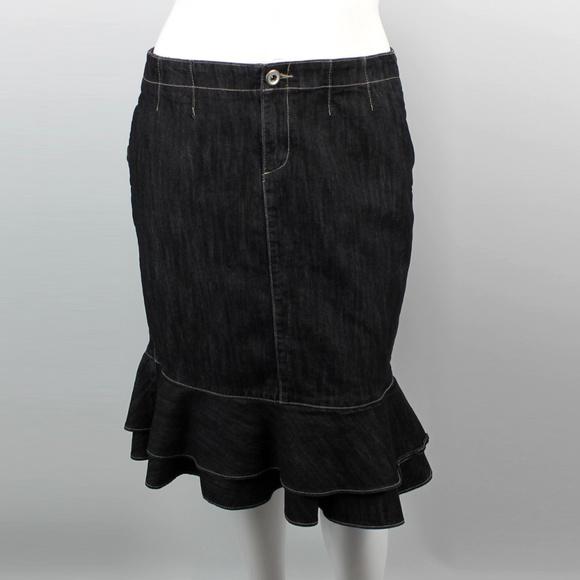 120b515e3a4e3 Lane Bryant Dresses   Skirts - Lane Bryant Flounce Denim Skirt - Size 16