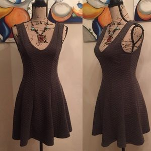 Forever21 dress quilted deep V neckline
