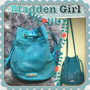Madden girl crossbody bag
