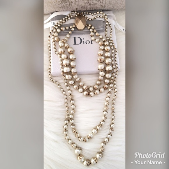 Dating christian dior jewelry