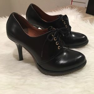 {Dr. Martens} Zita Ofira Leather Oxford Stilettos