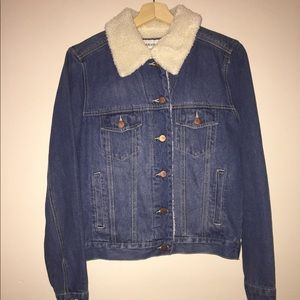 Sherpa lined denim Jacket size small