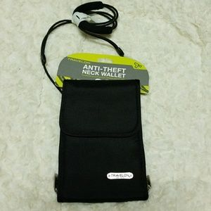 Travelon Anti Theft  Wallet/Crossbody-NWT