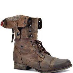 Steve Madden brown combat boots 7