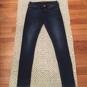 Express Jeans.