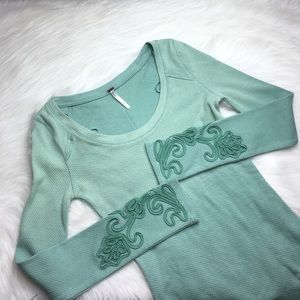 FREE PEOPLE WAFFLE PRINT MINT GREEN THERMAL SIZE M