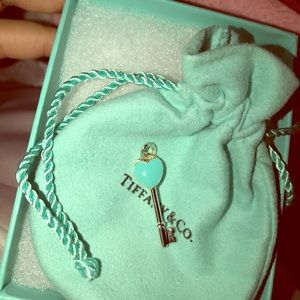 NWOT. Tiffany heart key blue pendant authentic