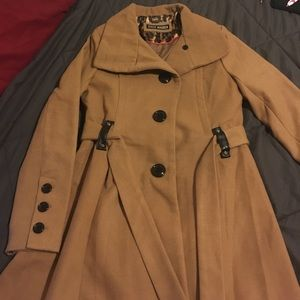 Steve madden camel coat w/ belt in great condition