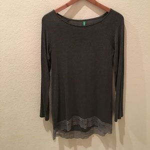 {United Colors of Benetton} Gray Long Sleeve Tee