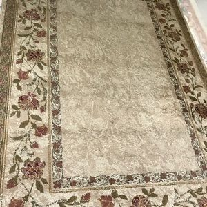 Beautiful Rug - 63 in x 94 inches
