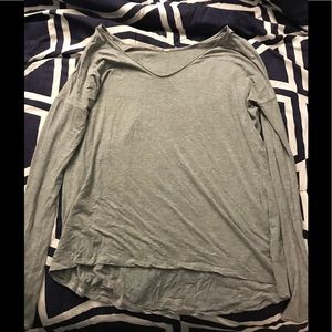 Women's lululemon shirt