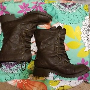 Ruffled BROWN COMBAT/Moto BOOTS size 9