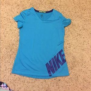 Nike pro workout shirt