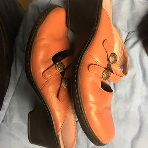 Clarks Lk nw leather clog style blush color sz 7.5