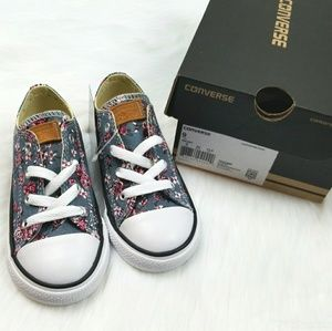 🎀Converse Girl's Chuck Taylor Sneakers Shoes🎀