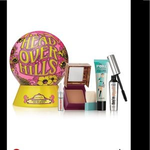 Benefits cosmetics NWT. This is not a bundle NEW