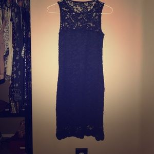 Navy blue dress & fits comfortably to body