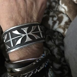 Unique Native American sterling cuff