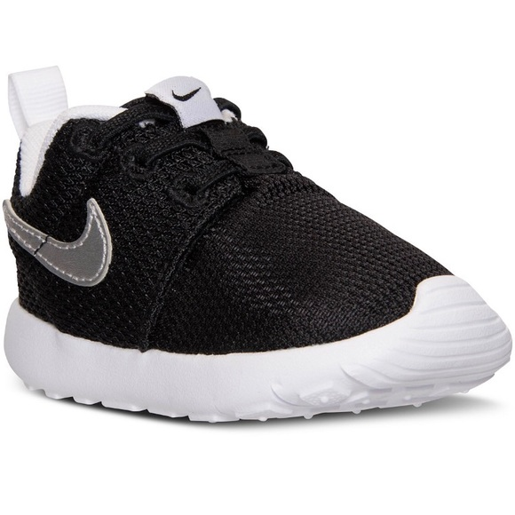 new product 5301a 1ca64 Brand new Nike roshe toddler 6c