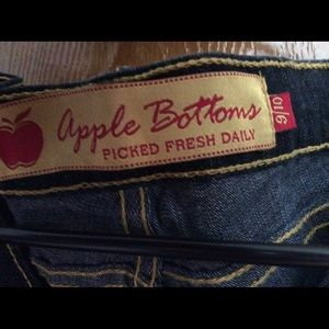 Apple Bottoms