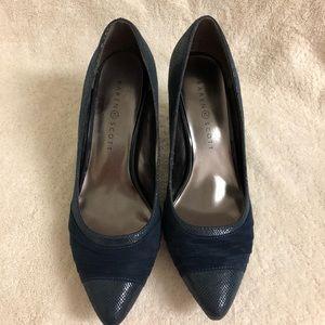 New Karen Scott heels SZ 9. Navy -  Gladdys style
