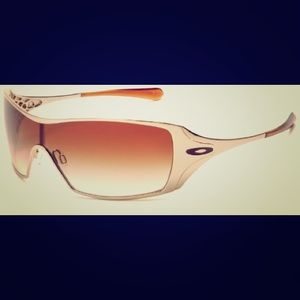 Oakley Dart Gold Sunglasses with Case Like New