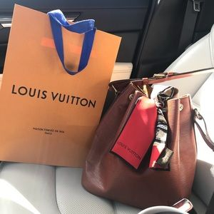 Louis Vuitton Epi Noe Petit