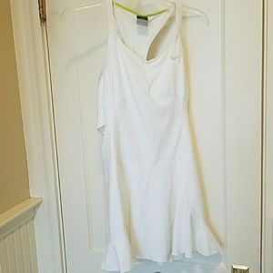 Nike white tennis dress w lime accents