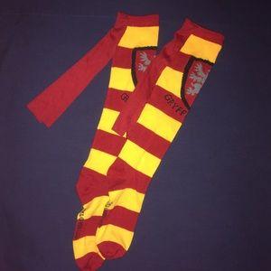 NWOT, Harry Potter Gryffindor Cape Knee High Socks
