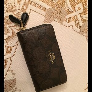 Coach Double Zip Card Holder