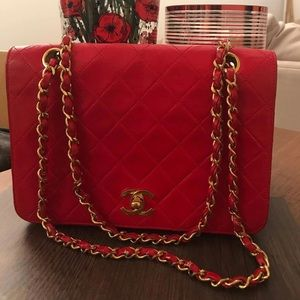Authentic Preloved Chanel vintage flap Lamb