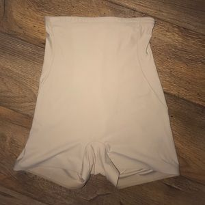 Other - Tummy control girdle shorts🌷🌷🌷🌷