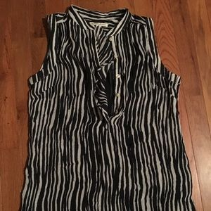 Banana Republic sleeveless blouse size 6
