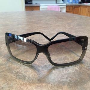 CHANEL Black Gradient Tint Aviator Sunglasses