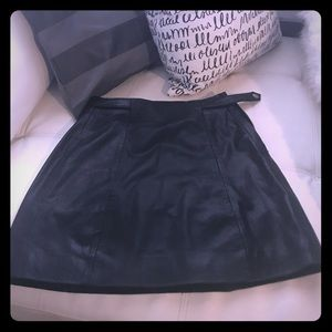 Women's black smooth criminal leather skirt