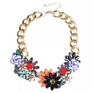 Zara crystal necklace