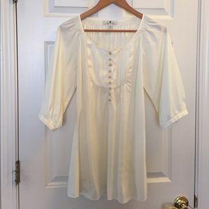Banana Republic silk blend blouse