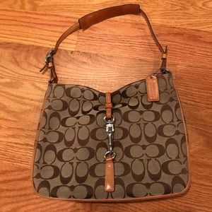coach shoulder hobo clip purse
