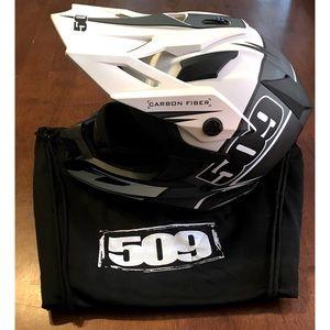 New 509 Carbon Fiber Helmet