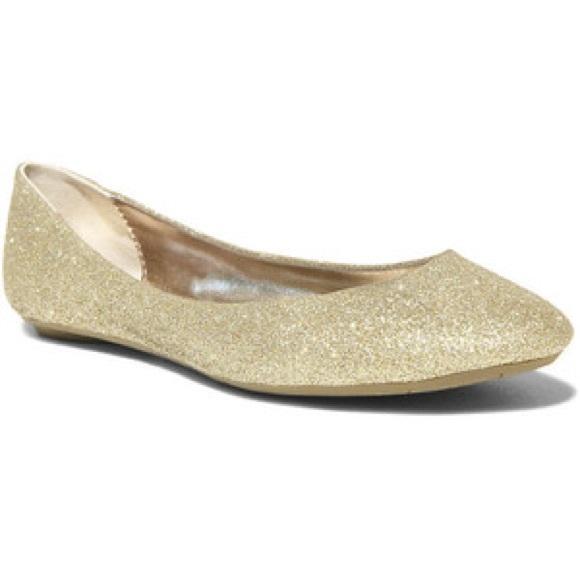 4d67633acb4 Steve Madden P-Heaven Gold Glitter Flats NWT