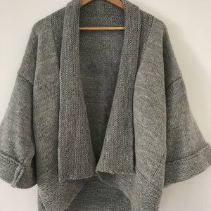 Sweaters - STUNNING Hand Knit Wool Sweater Grey