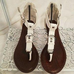White sandles w/sliver hardware