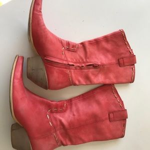Shoes - Red pointy toe western boots. BCBG Girls