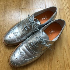 Silver Oxfords size 37