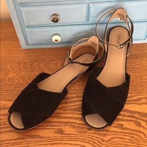 Alfani Black suede and leather sandals size 9 1/2