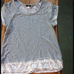 Grey shirt with lace detail